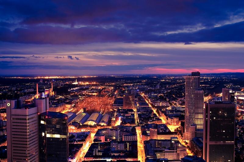 06Frankfurt_Skyline_at_Night (Custom)