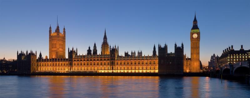 1Palace_of_Westminster,_London_-_Feb_2007 (Custom)
