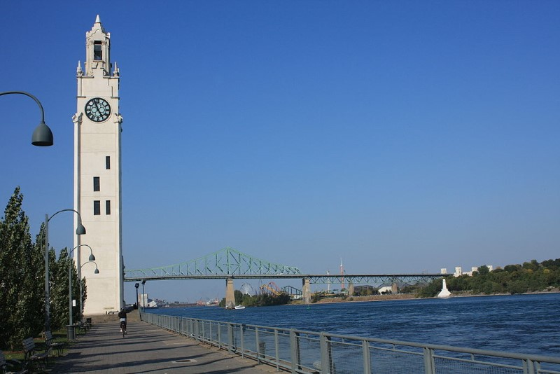 5Montreal_Clock_Tower_and_Jacques_Cartier_Bridge01 (Custom)