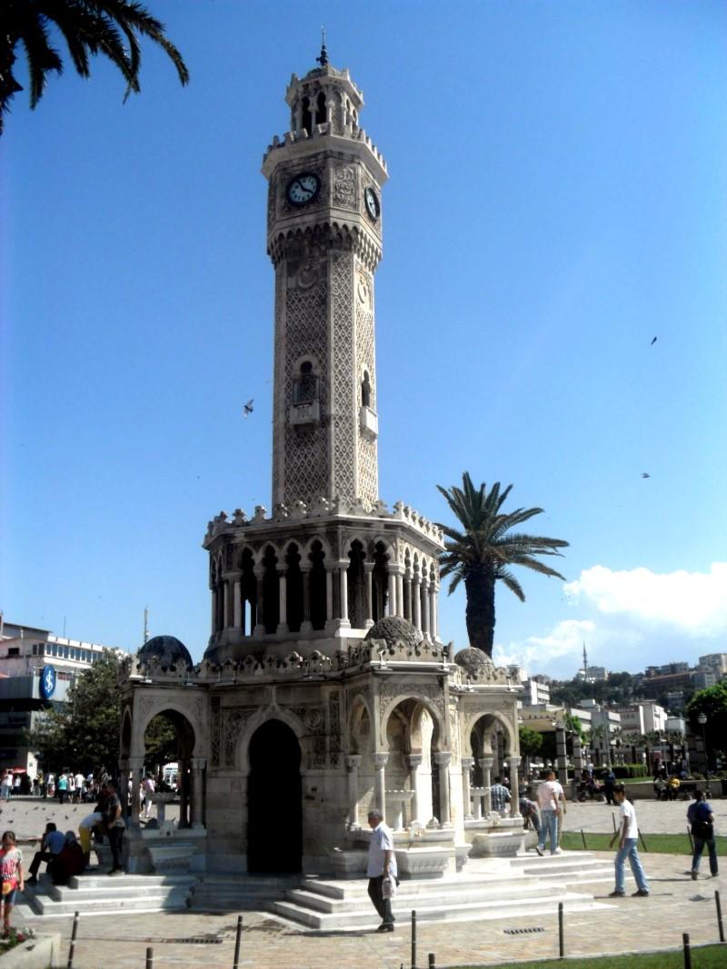 8Clock_Tower_in_İzmir,_Turkey (Custom)