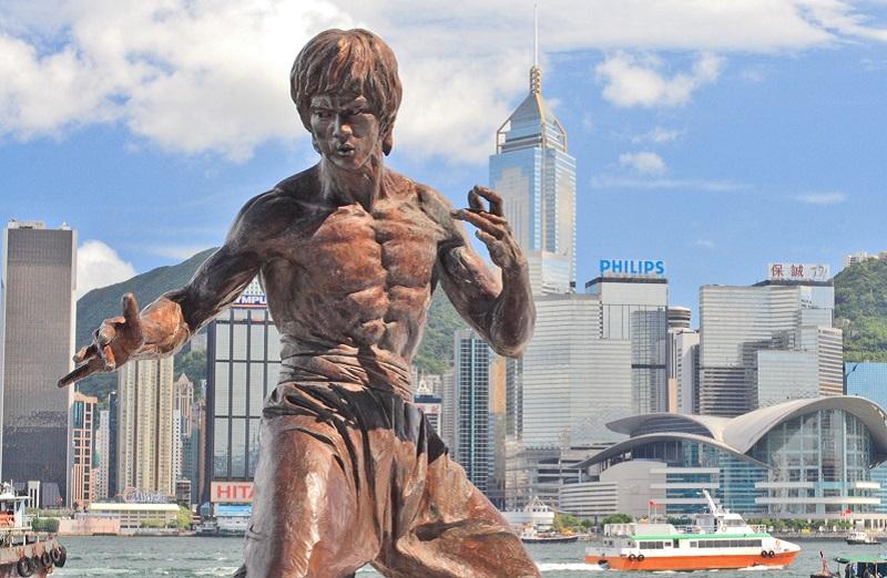 (Hong kong bruce lee statue - Johnson Lau Commons)
