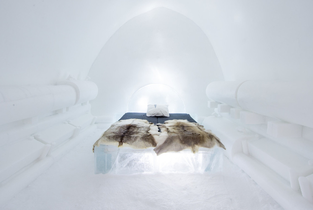 Press release December 2015, ICEHOTEL, The Power of Love design by Sebastian Scheller (Germany) Kristina Möckel(Germany)