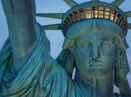 New York bileti Özgürlük Anıtı göçmen olmak