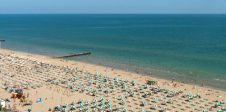 Jesolo italya plaj şezlong