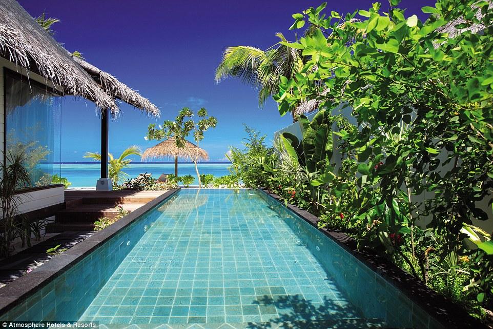 maldivler-male-denizalti-restoran5