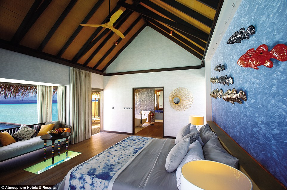 maldivler-male-denizalti-restoran7