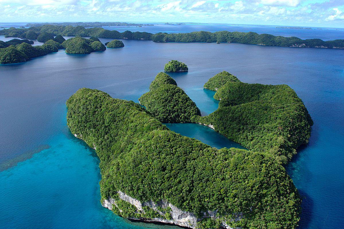 LuxTonnerre, Palau_2008030818_4709, Commons, Wikimedia