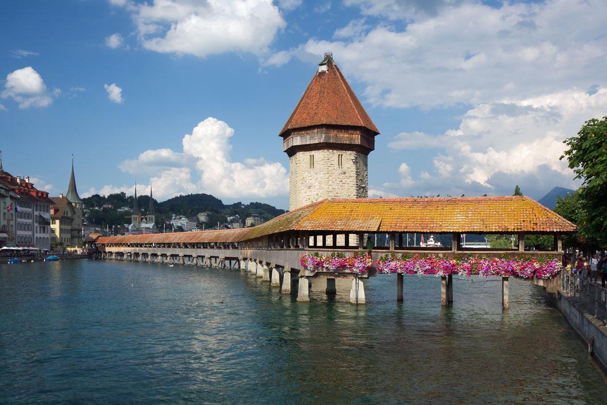 Kapellbrücke Luzern İsviçre