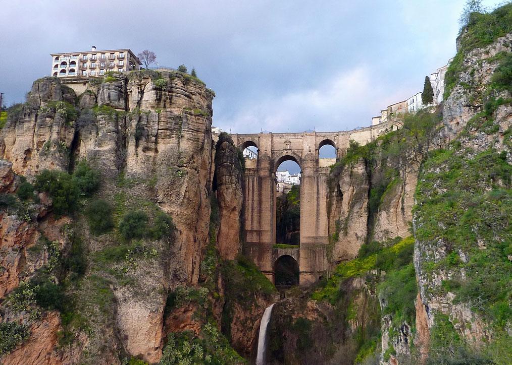 Puente Nuevo Köprüsü İspanya