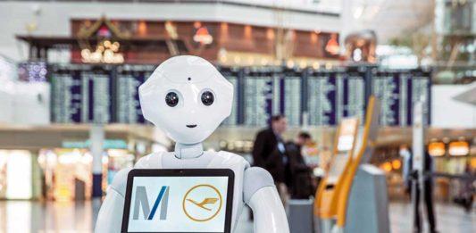 insansı robot josie pepper