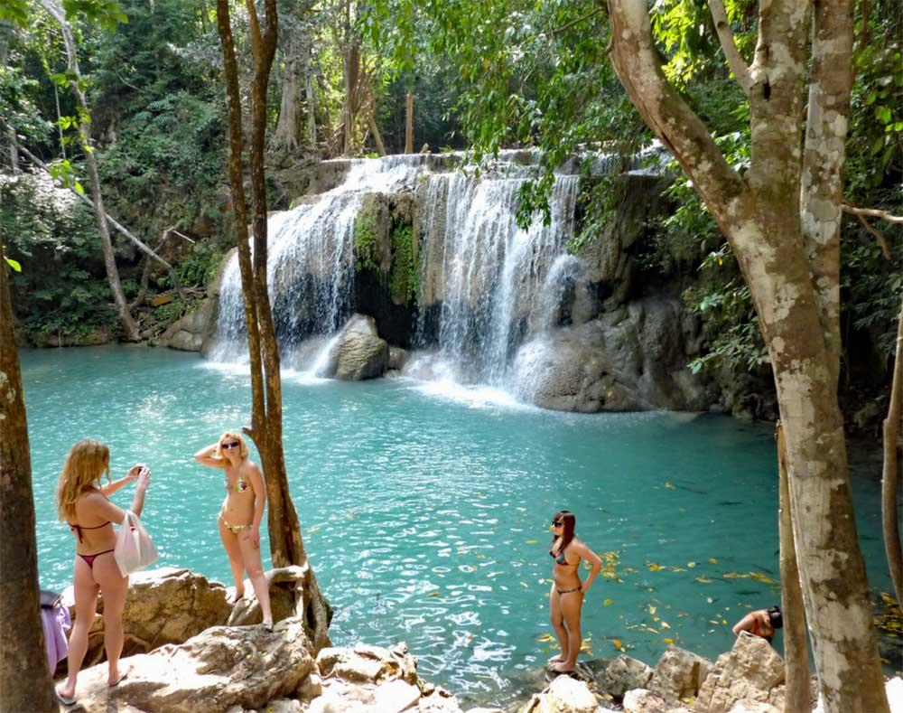 İçinden çıkmak istemeyeceğiniz 12 doğal havuz
