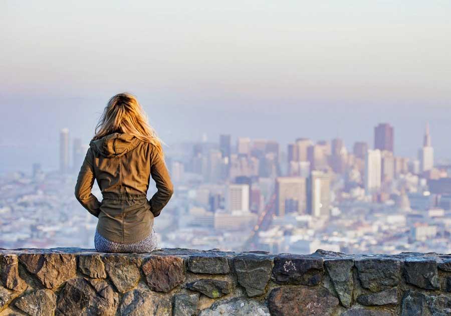 yalnız seyahat kadın