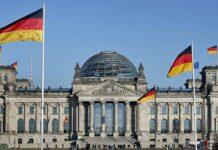 Almanya Berlin Türkiye'ye seyahat yasaklarını seyahat uyarısını