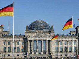 Almanya Berlin Türkiye'ye seyahat yasakları seyahat uyarısı yüksek riskli