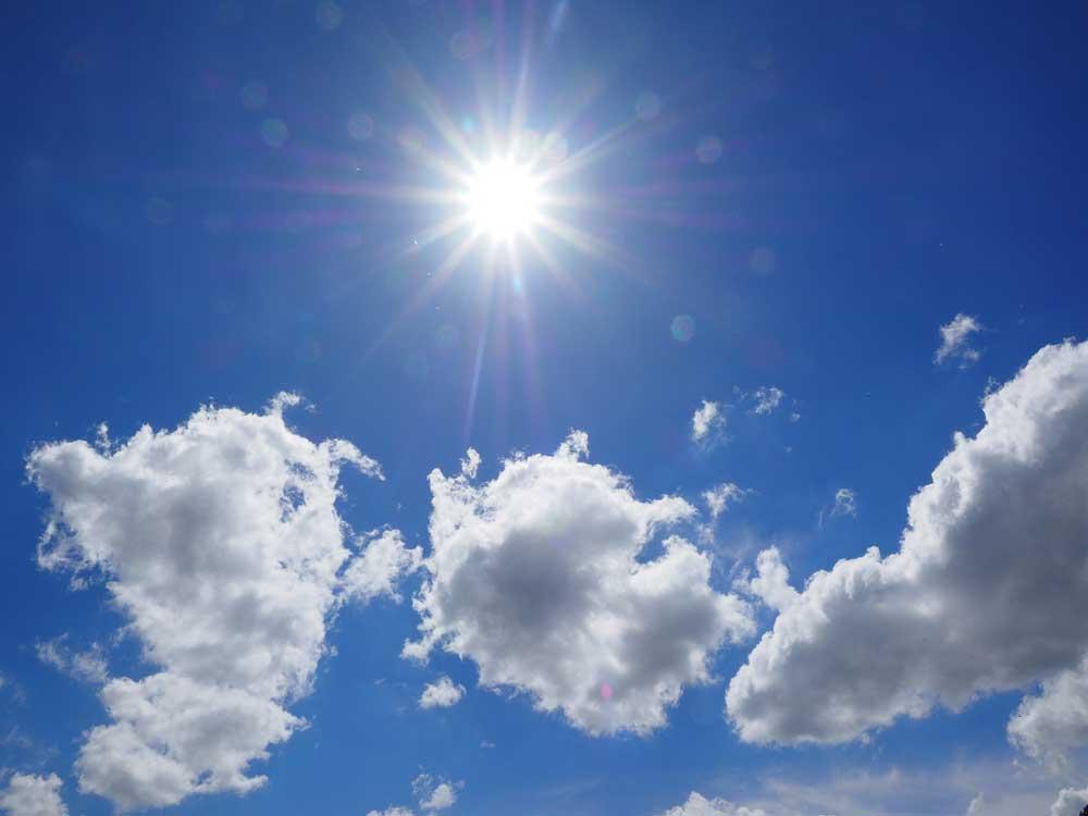 güneşli hava güneş alan gökyüzü