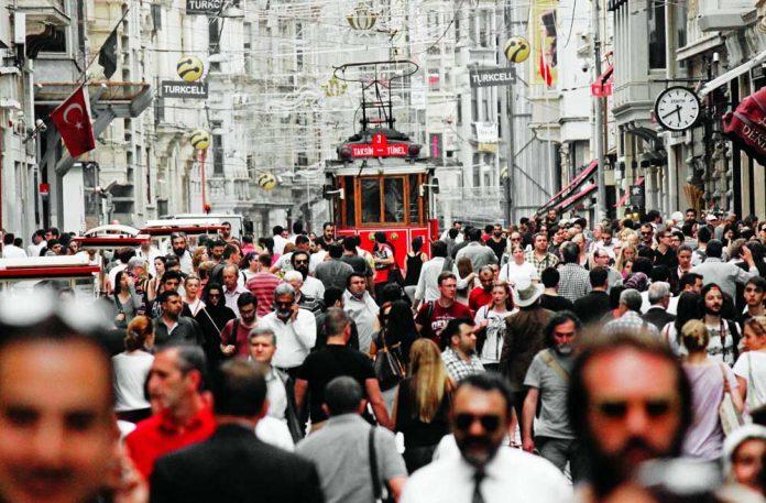 istanbul britanyalı turist