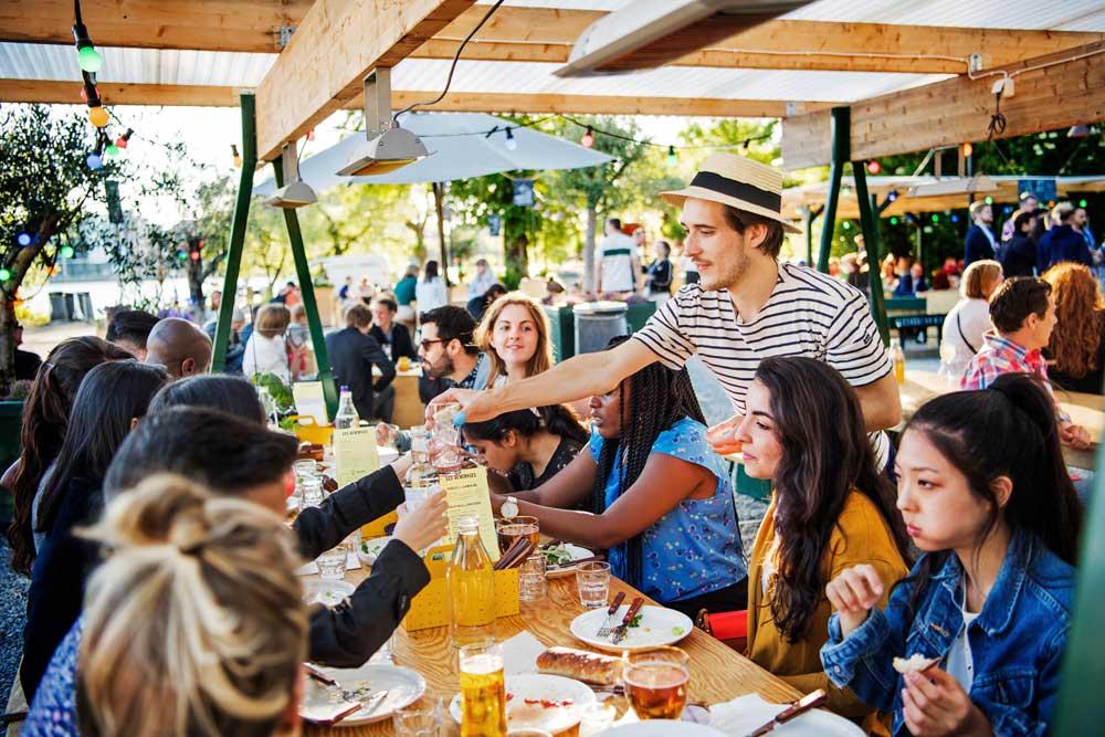 Stockholm'de kafe restoran grup