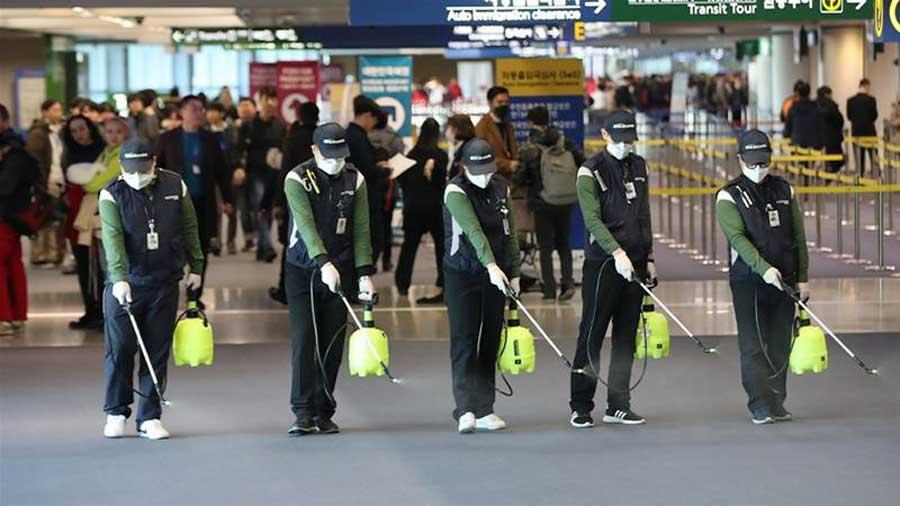 koronvirüs coronavirus çin ilaçlama havalimanı