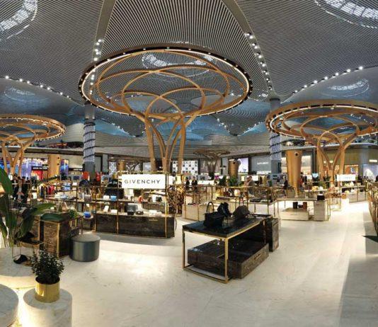 ATÜ duty free luxury square