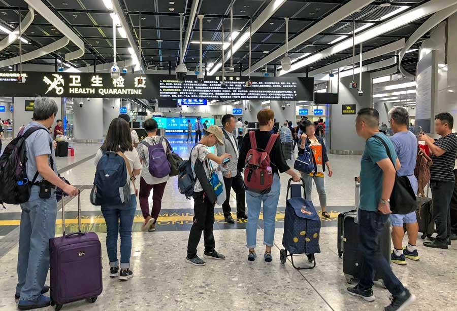 Avrupa'dan ABD'ye seyahat kovid-19 koronavirus